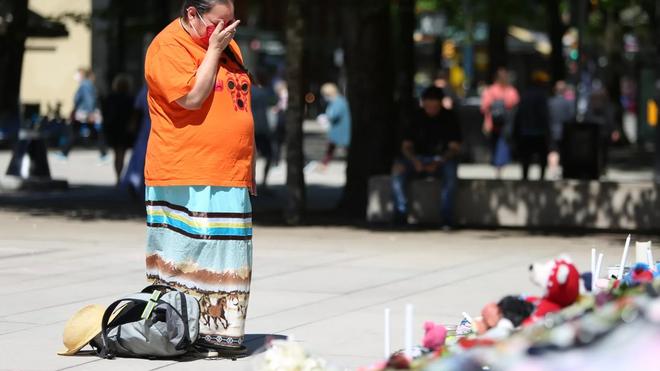 ____Canada-indigenas-escuelas-cristianas genocidio