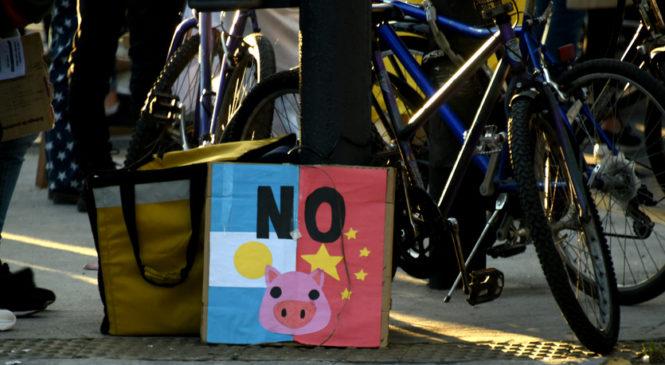 No al acuerdo porcino con China