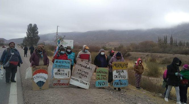 Comunidades indígenas cortan la ruta en Jujuy: rechazan la venta de sus territorios