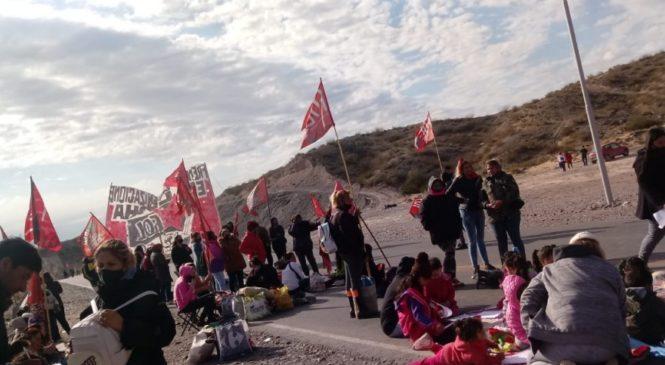 Tres días de corte total en los accesos a la provincia de Neuquén