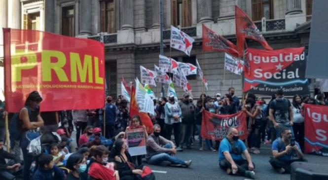 Organizaciones populares rechazaron frente al Congreso la estafa del FMI