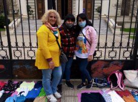 Las manteras vuelven a la plaza en el segundo Encuentro Regional Plurinacional de La Plata