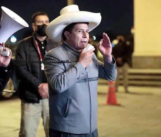 Grave crisis: la oposición de Perú le ata aún más las manos al gobierno