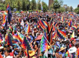 Bolivia: Wiphalazo de repudio al racismo